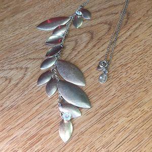 Loft petal flower necklace- free w/ bundle!